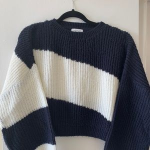 TOPSHOP Cropped Balloon Sleeve Sweater
